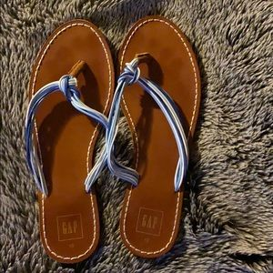 GAP size 10 multi blue sandal